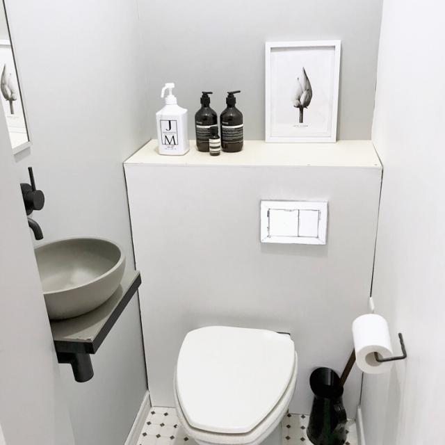 小さなスペースだから簡単!トイレを海外ホテル風にDIY