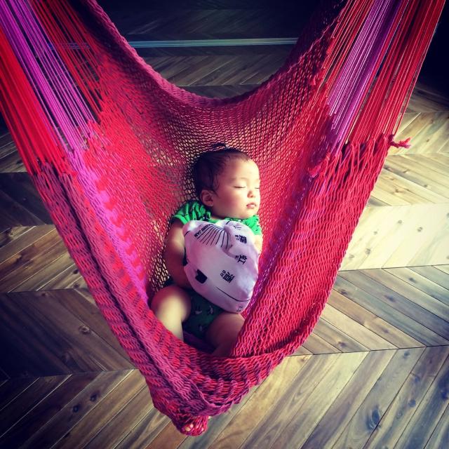 柔らかい感触に、赤ちゃんもぐっすりです。