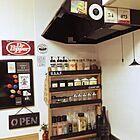 見せる収納でキッチンスペースの節約に!ブラックのアクセントが男前なDIY調味料棚☆ by Megumiさん