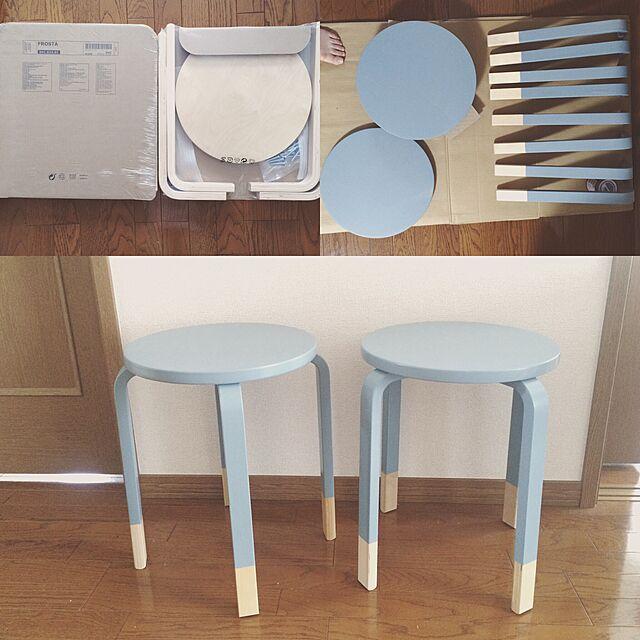 シンプルさが魅力!IKEAの木製スツール「FROSTA」