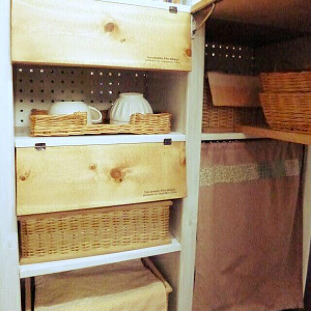 部屋別に見る、カラーボックスで収納場所を作るアイディア