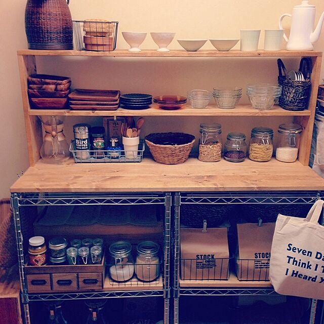 Kitchen,みんなとたわむれ隊٩(♥ε♥ )۶,we.OTOKOMAE.want,RC湘南LOVE♡,SPF材,かご,ダイソー,セリア,スチールラック,DIY,キッチン収納,狭いキッチン,賃貸 Tomoの部屋