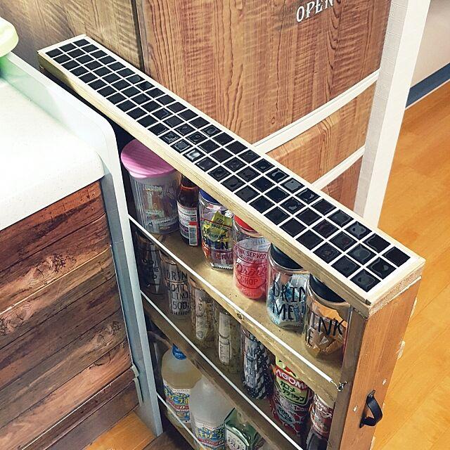 My Shelf,狭いスペースを生かしたい,1×4材,DIY♡,タイル貼り,隙間収納DIY,タイルは本物♥ micaの部屋