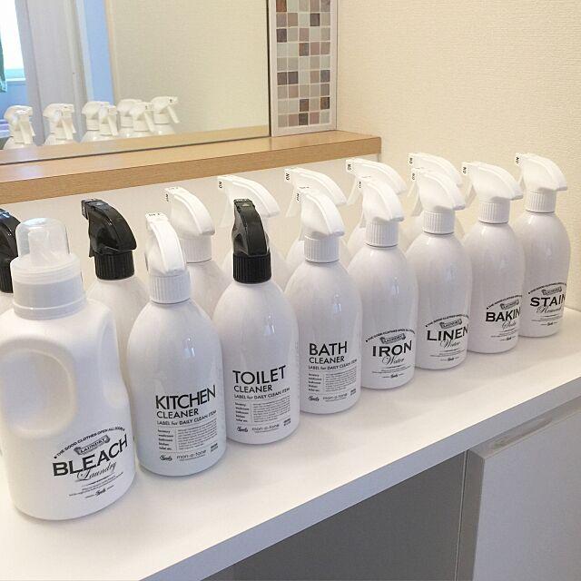 Bathroom,洗剤ボトル,洗面所,詰め替えボトル,スプレーボトル,白黒,mon・o・tone,モノトーン,白化,白化計画,北欧インテリア sayumiresoraの部屋