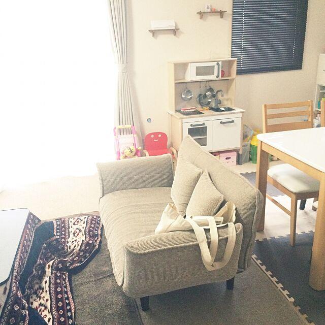 Lounge,IKEAのおままごとキッチン,ダイニング,ソファ,IKEA,ナチュラル,ダイニングテーブル,こたつ,賃貸 maachの部屋