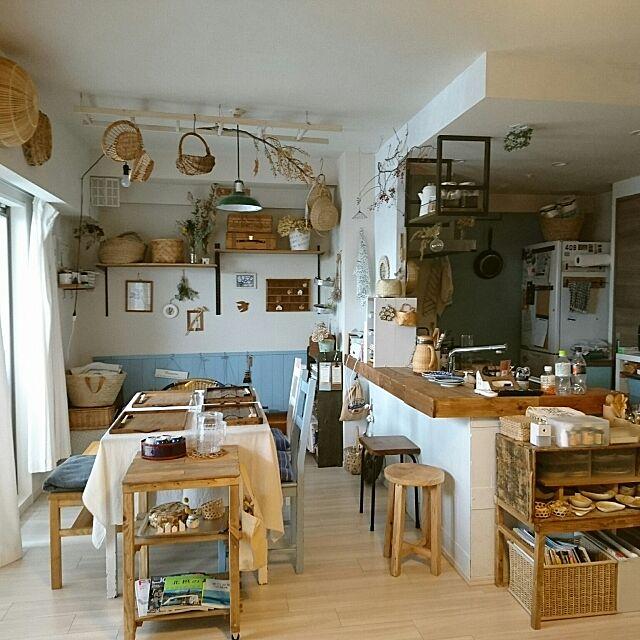 Overview,キッチンカウンター,見せる収納,マンションインテリア,北欧ナチュラル,セルフリノベーション,吊るす収納,古道具,カフェ風,ナチュラルインテリア,お家カフェ,DIY,暮らし,かもめ食堂,かご収納 makkyfoneの部屋