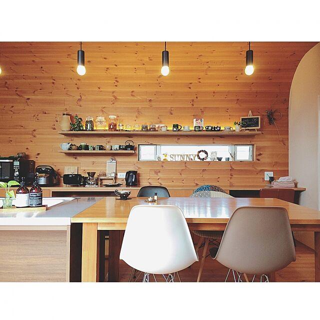 Kitchen,おうちカフェ,注文住宅,カフェ風,無垢,こだわり,ミニマリスト,マイホーム,シンプル,整理整頓,interior,ペンダントライト,スキップフロア,整理収納,インテリア,ダイニングキッチン,ダイニングテーブル,板張り天井,キッチン,ステンレスキッチン,インスタ➡︎yuuko0217 yu-yu-momの部屋