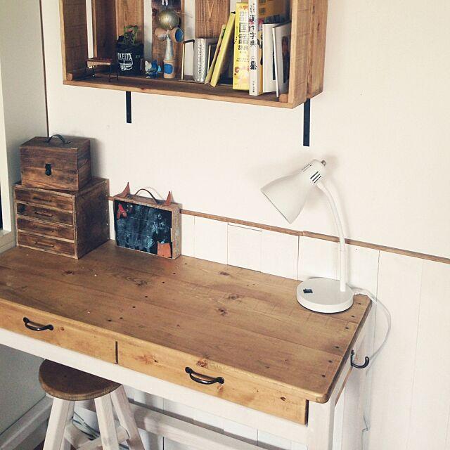 My Desk,ニトリのデスクライト,築35年団地,ポテトボックス,勉強机,丸いす,oassyちゃん☺︎,小引き出しDIY Tomotaの部屋