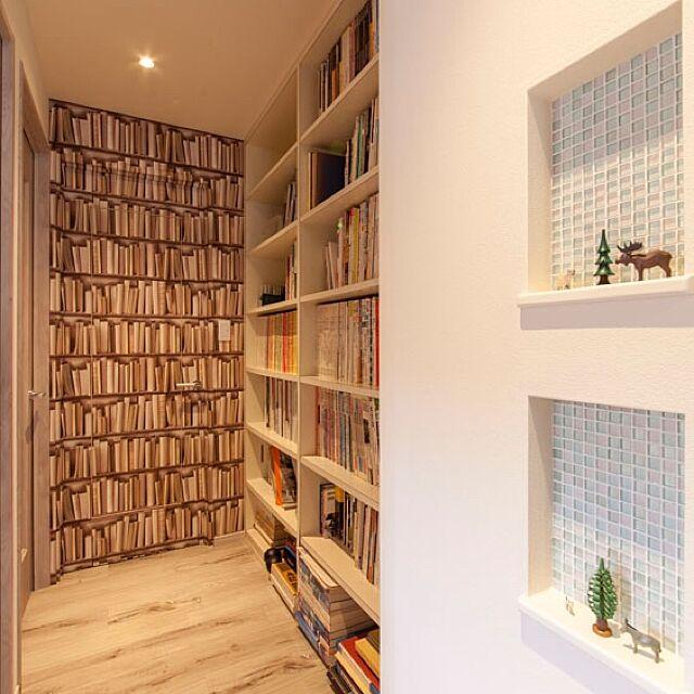 On Walls,隠し扉,ニッチ,廊下,輸入クロス,アクセントクロス,本棚,モザイクタイル,北欧 Yumiの部屋