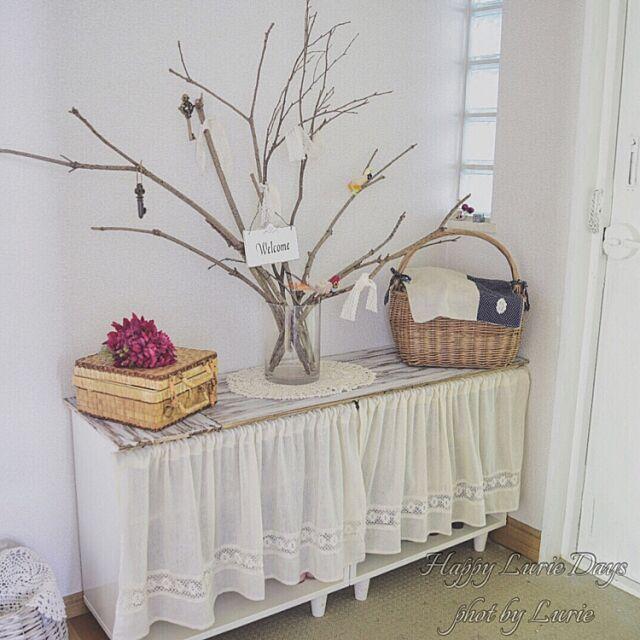 Entrance,玄関ディスプレイ,DIY,暮らし,ナチュラル,カントリー,木の枝が似合うお家にしたい,お部屋改造中,Insta→ouchi0610,いつもありがとうございます♡ Lurieの部屋