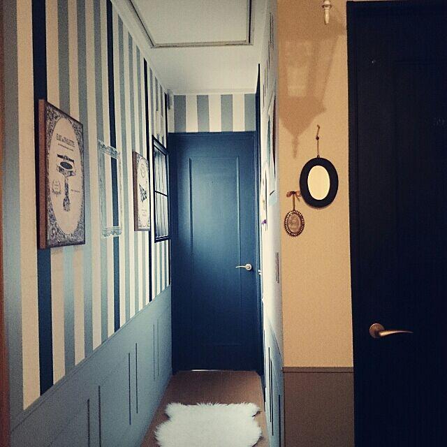 On Walls,mt CASA,廊下の壁,オルネドフォイユ,海外インテリアに憧れる,ベニア腰壁,パリのアパルトマンに憧れる,額縁風マステ,画廊みたくしたい,マスキングテープ,mt,ファブリックパネル MIARAの部屋