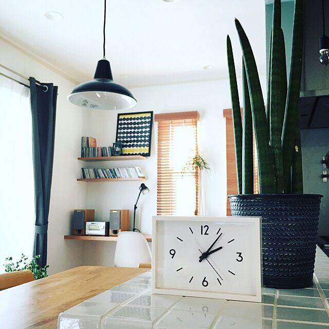 Kitchen,無印良品,駅の時計,ウッドブラインド,イームズチェアリプロダクト,ボトルツリー,観葉植物,マリメッコ,オークの椅子,フランフラン koumeの部屋