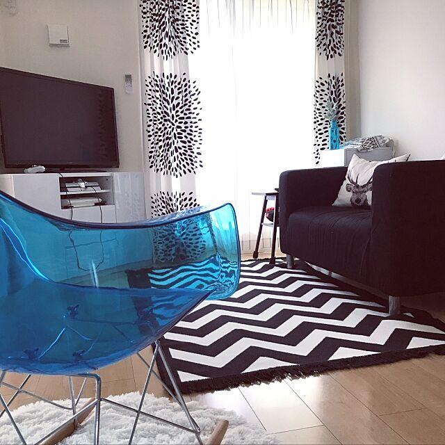 Lounge,IKEAソファ,イームズチェアリプロダクト,IKEA カーテン,IKEA,モノトーン ayuartの部屋