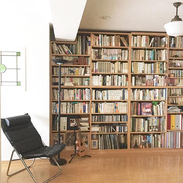 My Shelf,本棚,ディスプレイ,アンティークランプ,壁一面の本棚,ステンドグラス,室内窓 tantan_mの部屋