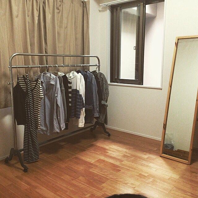 Bedroom,手付かずの間,インダストリアルに憧れる,将来の子供部屋,服の収納,ハンガーラック,姿見,無印良品 usaの部屋