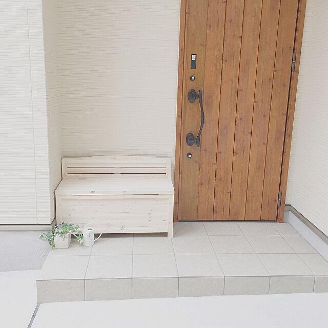 Entrance,玄関周り,玄関ドア,アイアン玄関ドア,ベンチ,ベンチ収納,子供と暮らす。 asukaの部屋