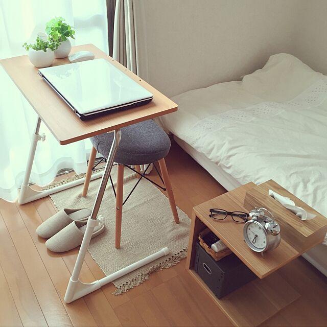 My Desk,コの字の家具,1K,一人暮らし,ニトリ,無印良品,ナチュラル,スツール,狭い部屋,テーブル Cha-Chaの部屋
