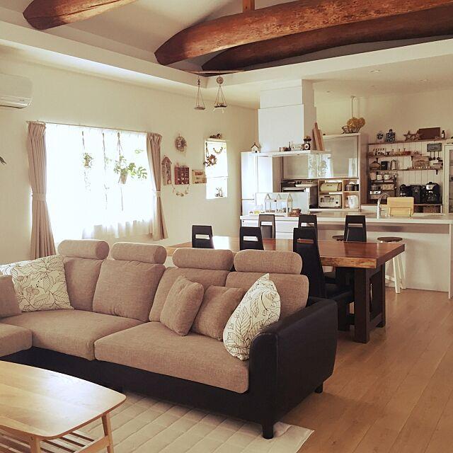 Lounge,梁,L字ソファ,楽天で買ったもの,古民家リノベーション,アイランドキッチン,一枚板のダイニングテーブル Yukiの部屋