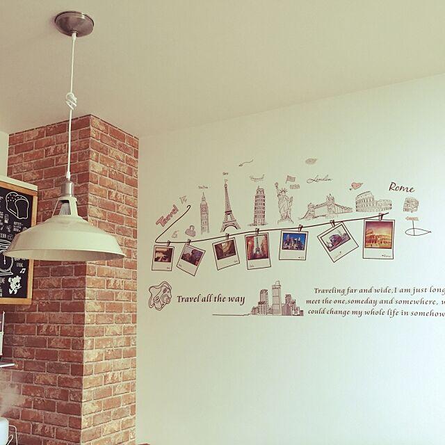 Lounge,壁紙レンガ,ウォールステッカー,ペンダントライト sachimeimeiの部屋