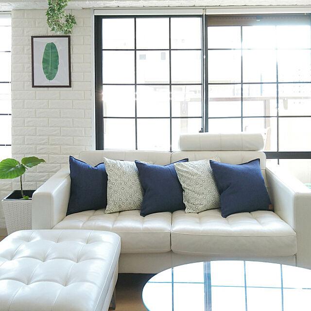 Lounge,ソファ,シンプル,ホワイトインテリア,IKEAのソファー,デニムクッション,マンション,白,青,レンガクッションシート,白レンガ,マステで格子窓風,ウンベラータ,海外インテリアに憧れる ruの部屋