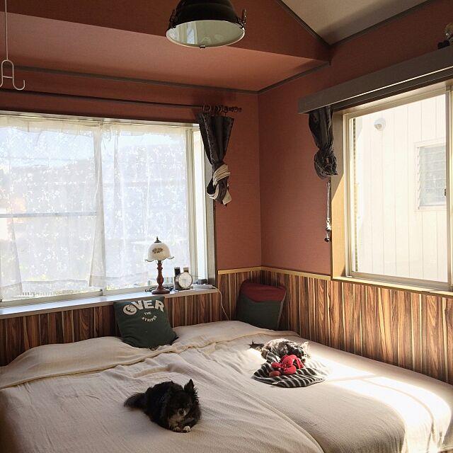 Bedroom,無印良品ベッド,無印良品,ニトリ,ビンテージ,ダルトン,木目壁紙,BB1939,シンコール,オールドアメリカン,オールドテイスト,北枕,壁紙屋本舗,西海岸 インテリア hitomixの部屋