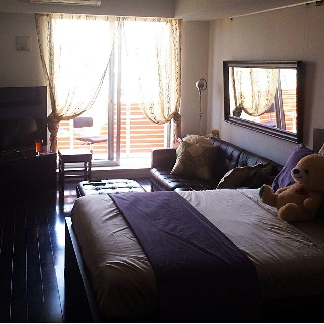 Overview,ホテルライク,ワンルーム,コストコ,IKEA,跳ね上げ式ベッド,オットマンスツール,ソファー,ピクチャーレール,ミラー壁掛け kumchanの部屋
