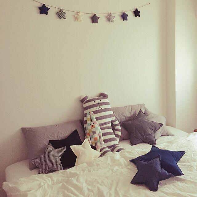Bedroom,足付マットレス,オーガニックコットン洗いざらし,オーガニックコットンまくらカバー,オーガニックコットン,クラフトホリック,無印良品,無印良品ベッド,手作り,アンティーク,カフェ風,numero74風,Numero74,100均,北欧,かわいい,コンテスト参加中,ホテル風,ベッドルーム,コンテスト参加,星,DIY,星型クッション,星のガーランド,ガーランド手作り,CLAFTHOLIC,ボックスシーツ,抗菌ポリエステルわたベッドパッド・ゴム付,脚・脚付マットレス用・床下26cmタイプ,脚付マットレス・ポケットコイル・シングル,2015.10.25 Nuの部屋