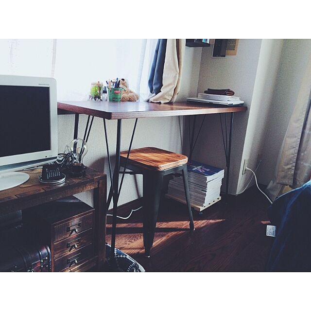 My Desk,アイアンテーブル,楽天で買ったもの,賃貸,雑貨,nikoand,無印良品,1K,一人暮らし,男前,雑誌、本 sbtyreの部屋
