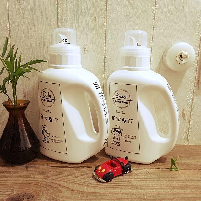 My Shelf,daily&bleach,洗濯洗剤ボトルは7&i,洗濯洗剤ボトル,ランドリールーム,自作ラベル,娘5ヶ月♡,新米ママ,観葉植物,少しずつ少しずつ、、、,少しずつ自分好みに,ラベル,スヌーピー♡,レトロもヴィンテージもサーフ系も好き KuruKuruKuruの部屋
