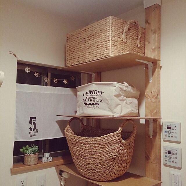 Bathroom,ディアウォールDIY,ダイソー,セリア,ニトリのかご,ニコアンドのかご,洗濯機まわり 4-cloverの部屋