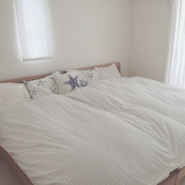 Bedroom,IKEA,夏,ニトリ,海,カリフォルニア,枕カバー,西海岸,無印良品ベッド,夏仕様,スターフィッシュ,シンプル 白,子どもと暮らす,カリフォルニアインテリアに憧れる,ミニマム,シェル柄 yanaの部屋