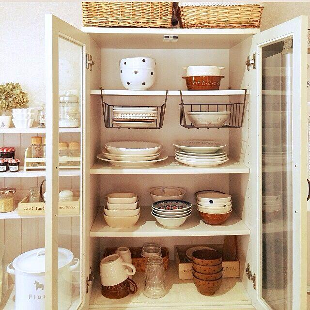 Kitchen,ドット柄,食器棚,食器収納,セリア,キッチン収納,食器好き asami.の部屋