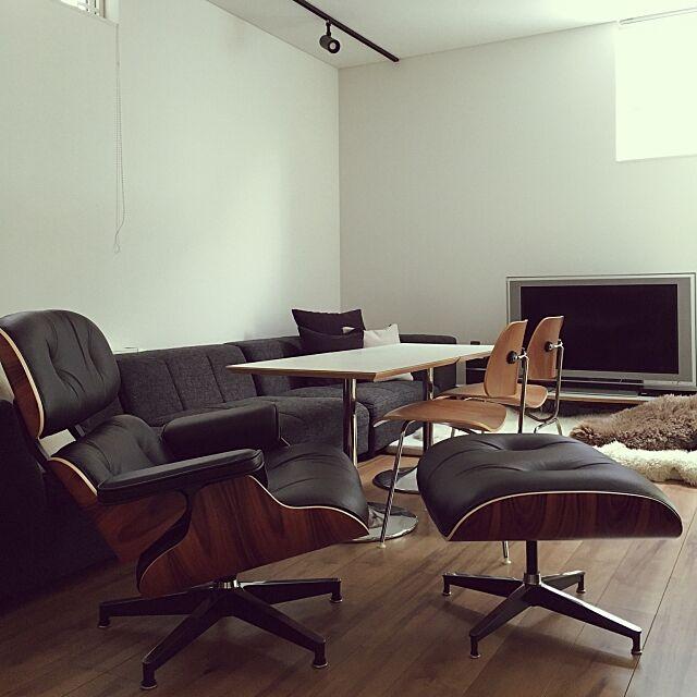 Lounge,COSTCO,mode en casa,D&DEPARTMENT,ハーマンミラー,ラウンジチェアオットマン,サントスパリサンダー,イームズDCM,イームズ,ミッドセンチュリー,ウォールナット,カリモクテーブル,IKEA kikutyの部屋