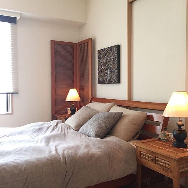 Bedroom,ベージュ,朝,ベッドルーム,寝室,ヒッカドゥワ,チーク材,無印良品,間接照明 shinの部屋