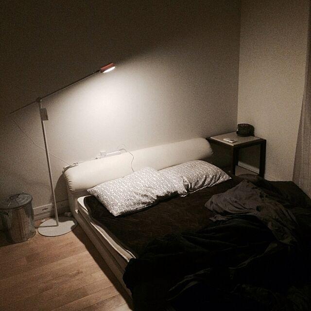 Bedroom,ローベット,フロアライト,無印良品,注文住宅 mazinsanの部屋