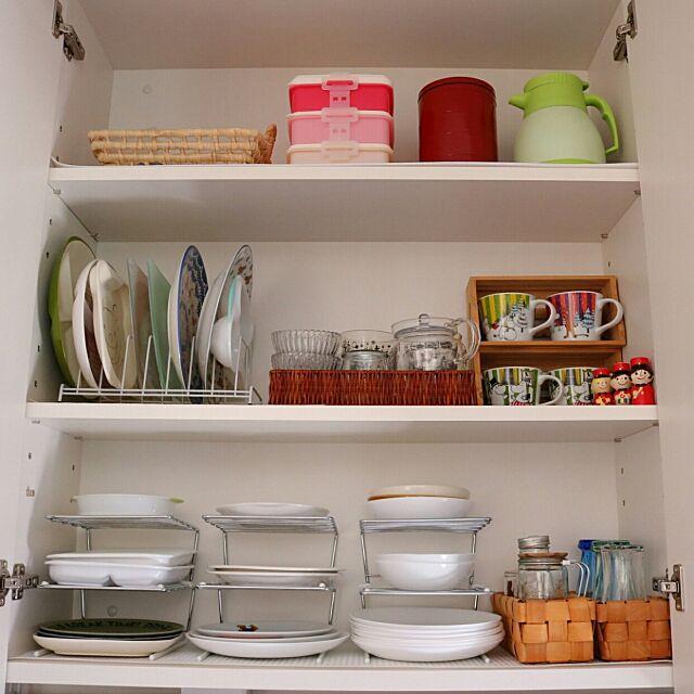 Kitchen,セリア,ニトリ,断捨離,キッチン収納,整理整頓,整理収納,収納アイデア,丁寧に暮らしたい,シンプルな暮らし,食器棚,100均,シンプルインテリア,こどもと暮らす。,食器,キッチン背面収納,収納,マグカップ収納,背面収納 411.kaoriiiiの部屋