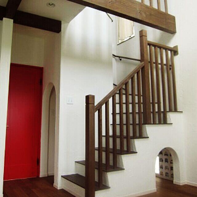 リビング階段,無垢材,漆喰壁,Lounge,style house OB,秘密基地,秘密基地 キッズスペース Shingoの部屋
