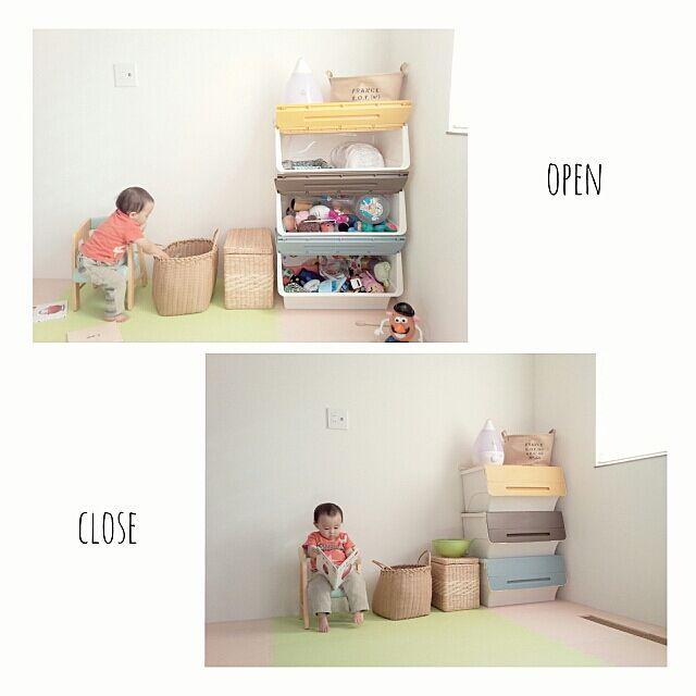 Bedroom,squ+,RC北海道支部,RC北海道道東支部,連投すみません,キッズスペース,カラフル,froq,ジョイントマット,おもちゃ収納,加湿器,整理収納,タンスのゲン Akaneの部屋