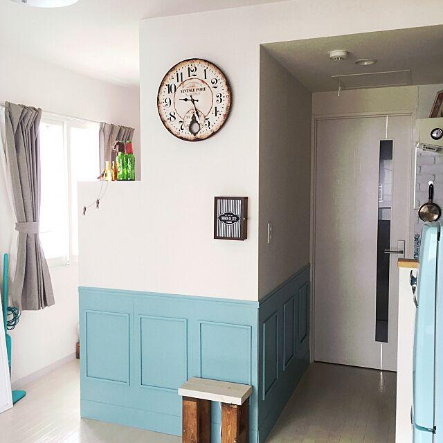 On Walls,ブログやってます,海外ドラマみたいな部屋に住みたい,DIY,一人暮らし,賃貸,レトロ,カラフル,板壁DIY,インターホンカバー NONCHIの部屋