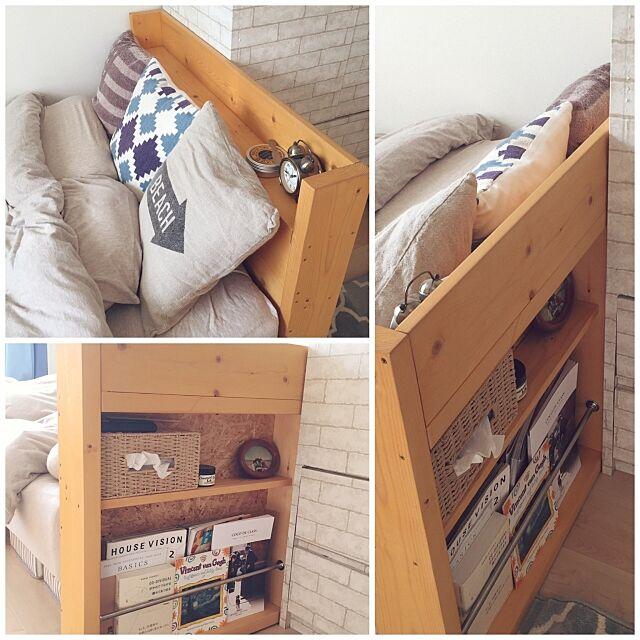 Bedroom,MDF材,2×4材,マガジンラック,賃貸DIY,DIY女子,DIY,WTW,ベッドヘッドDIY,無印良品,はって剥がせる壁紙,レンガ調シート,脚付きマットレス terada_koumutenの部屋