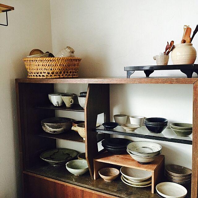 Kitchen,器,うつわ ,竹かご,食器棚,和家具,シンプル,古道具,収納,ガラス戸はずしてます zuiiの部屋