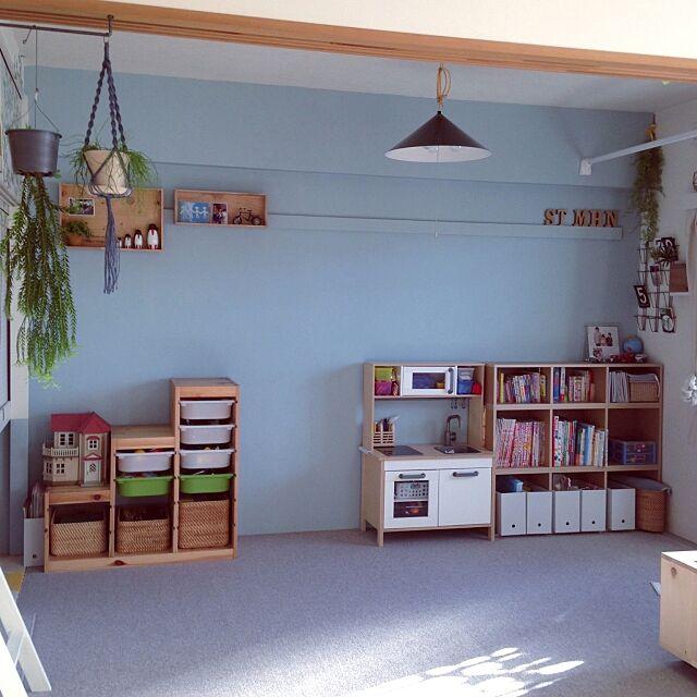 Bedroom,観葉植物,IKEA,和室を改造,セルフペイント,DIY,子供部屋,こどもと暮らす。,ポリプロピレンファイルボックス,重なるラタン長方形バスケット・中,重なるラタン長方形バスケット・大,パルプボードボックス スリム 3段,パルプボードボックス タテヨコA4サイズ,無印良品 takaの部屋