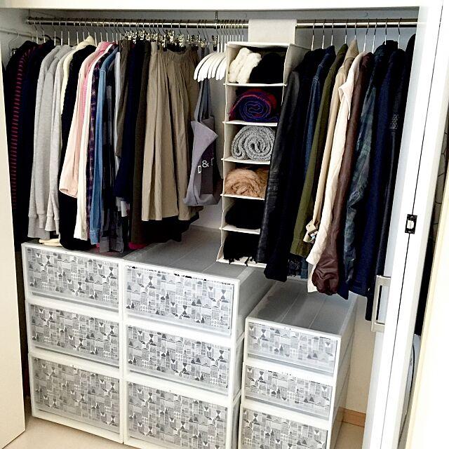 Bedroom,ポリプロピレンケース,marimekko,マリメッコ,クローゼットの中,クローゼット収納,クローゼット,衣類収納,無印良品,収納,無印,MAWAハンガー,ポリエステル綿麻混・シューズホルダー ryoの部屋