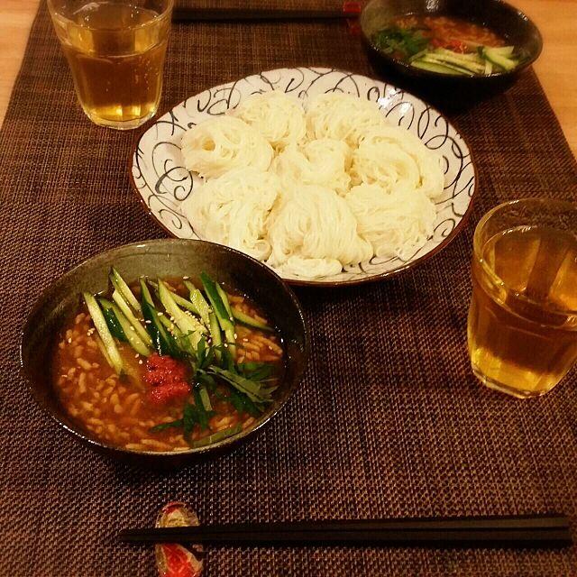 My Desk,ニトリのお皿,ニトリのランチョンマット,つけ素麺,手抜き料理 nekomusumeの部屋