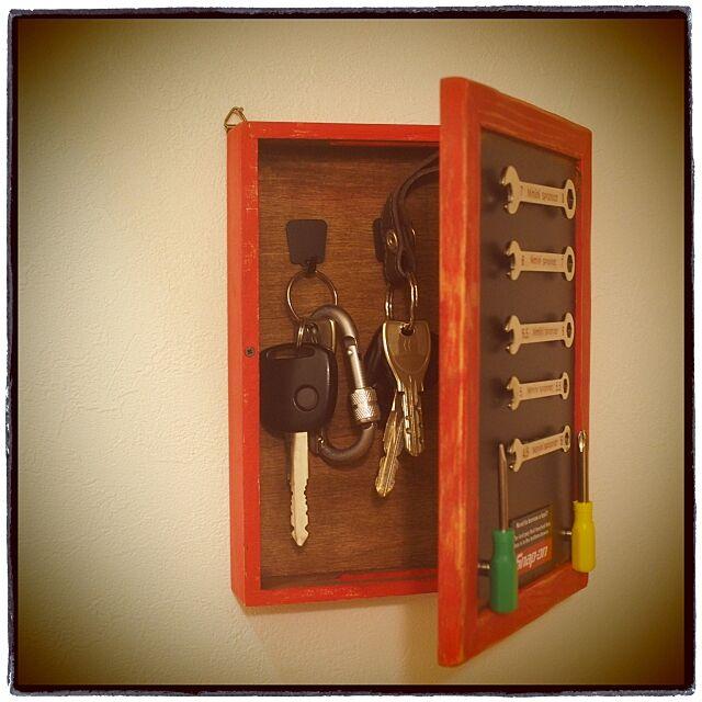 Entrance,キーボックス,RC四国支部,リメイク,ダイソー,セリア,ブリキフレーム,コンビレンチ,男前テイスト Vintageの部屋