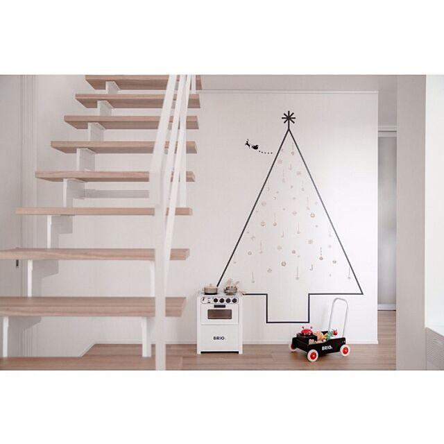 On Walls,子供の遊び場,BRIO,スケルトン階段,クリスマスツリー,マスキングテープ クリスマスツリー,シンプルライフ twoの部屋