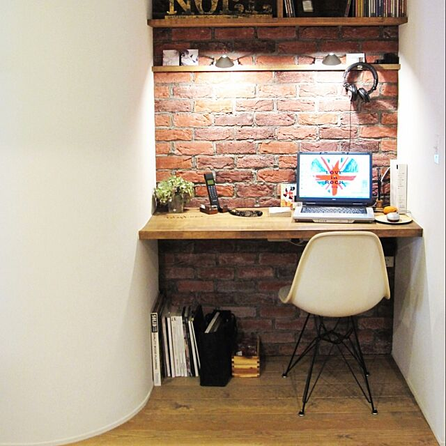 My Desk,レンガ,DIY,北欧,JUNK,original,handmade,h.p.,タイル,STYLE,designers ,ハーマンミラー mimiの部屋