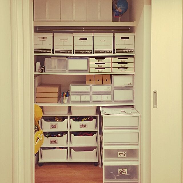 My Shelf,収納,押入れ収納,可動棚,おもちゃ収納,無印良品,セリア,IKEA whitecubeの部屋