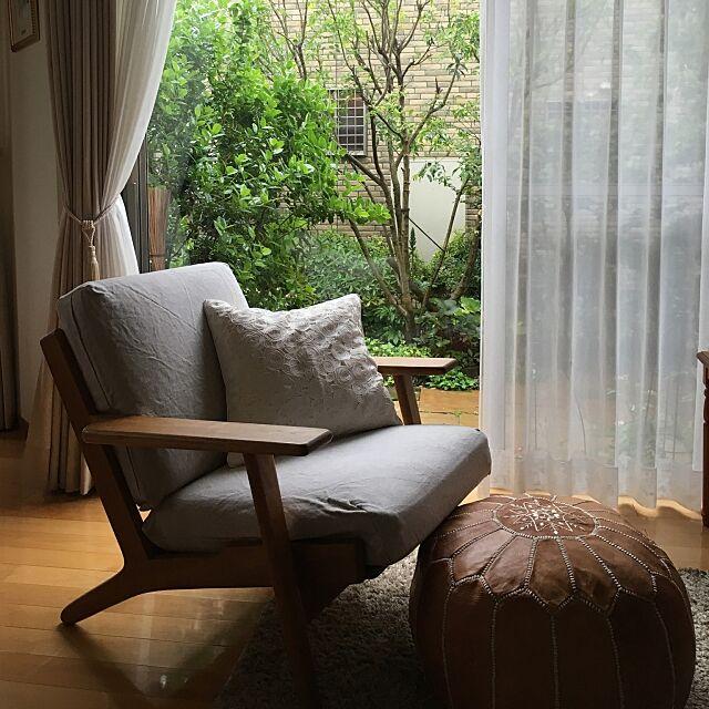 Lounge,プフ,北欧家具,ミックスインテリア,ビンテージ家具,庭の草花,窓辺 Bambiの部屋