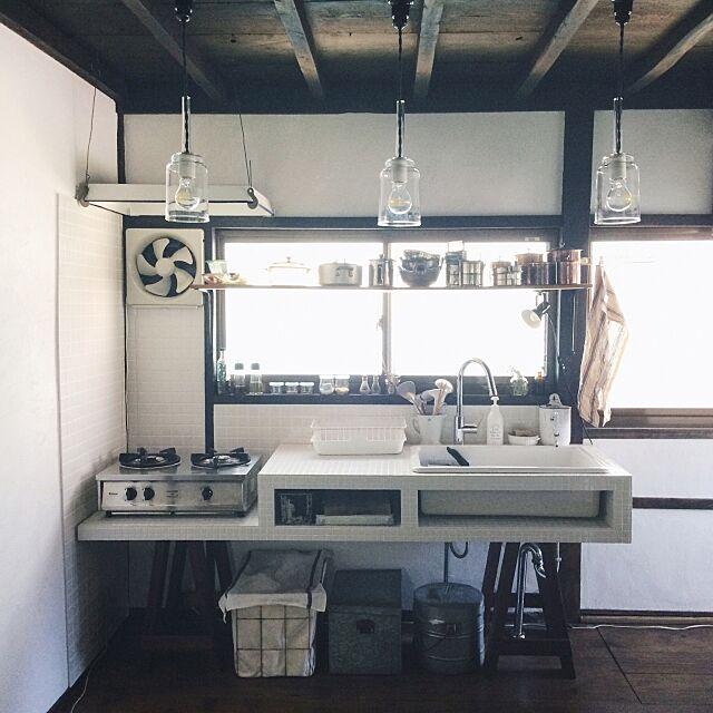 ソーホース,リノベーション,DIY,古道具,キッチン,琺瑯,タイル,Kitchen hellopicnicの部屋